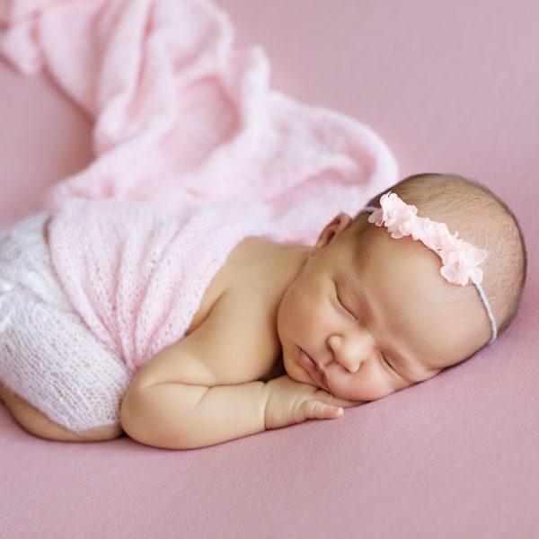 new-born-posing