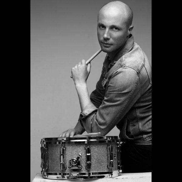 Seance-Photo-Musique-shooting-photo-musicien-photo-Presse- musicien batteur