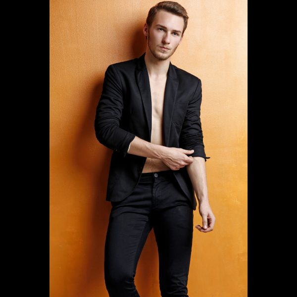 Shooting-photo-homme - seance-photo-homme - photographe professionnel - book-photo - model