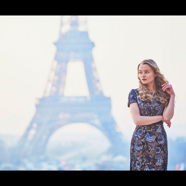 shooting-photo-tour - seance-photo-tourisme - photographe-toursime-Paris photo-mariage-paris - tour eiffel - shooting-photo-tour-eiffel